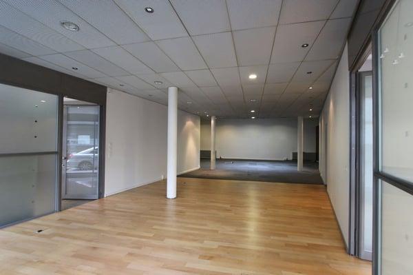 Arcade bureau de 163 m2 place de la navigation aux pâquis genève