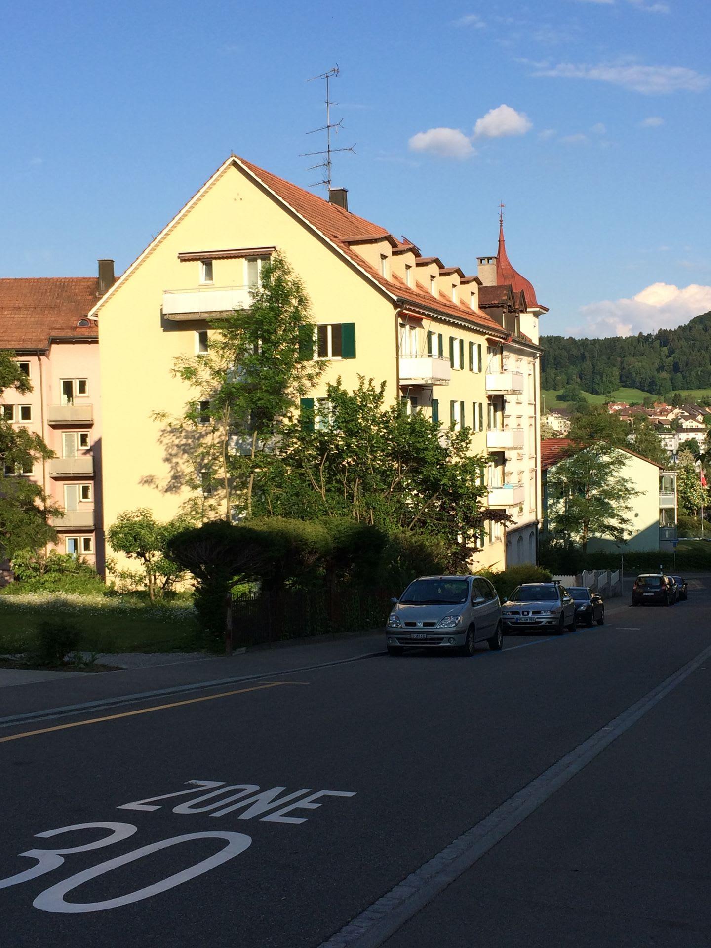 Storchenstrasse 4
