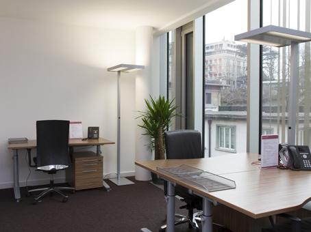 Votre bureau paysager privé à lausanne city flon! parfaitement