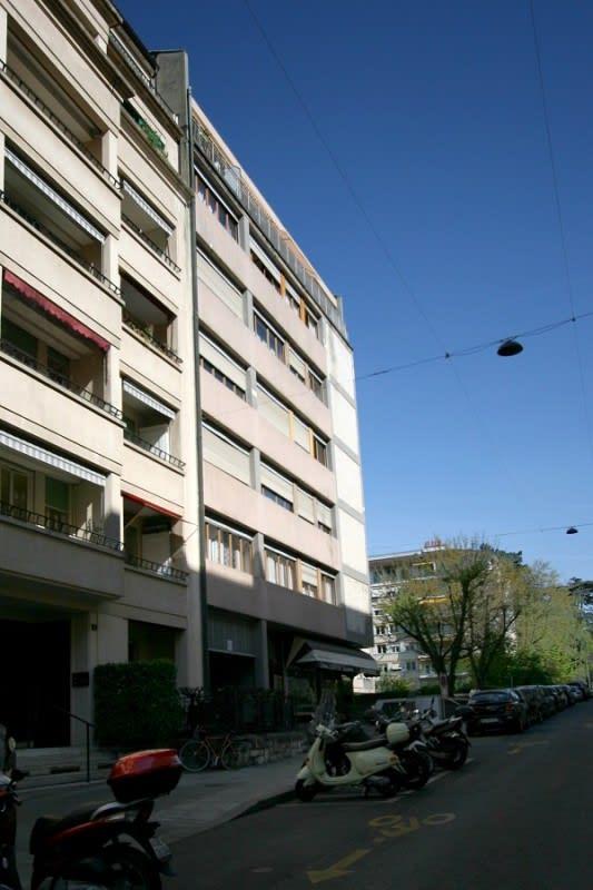 Avenue Dumas 12