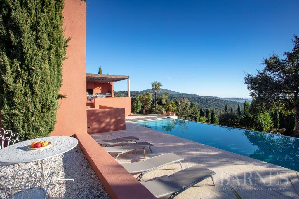 GOLFE DE SAINT-TROPEZ - GRIMAUD- Villa contemporaine vue mer ...