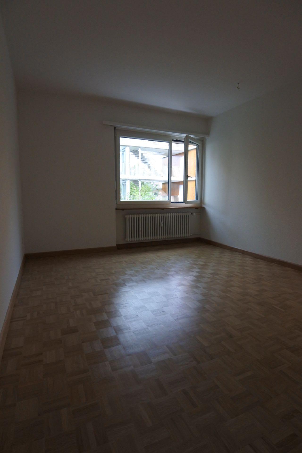 Lärchengartenstrasse 25