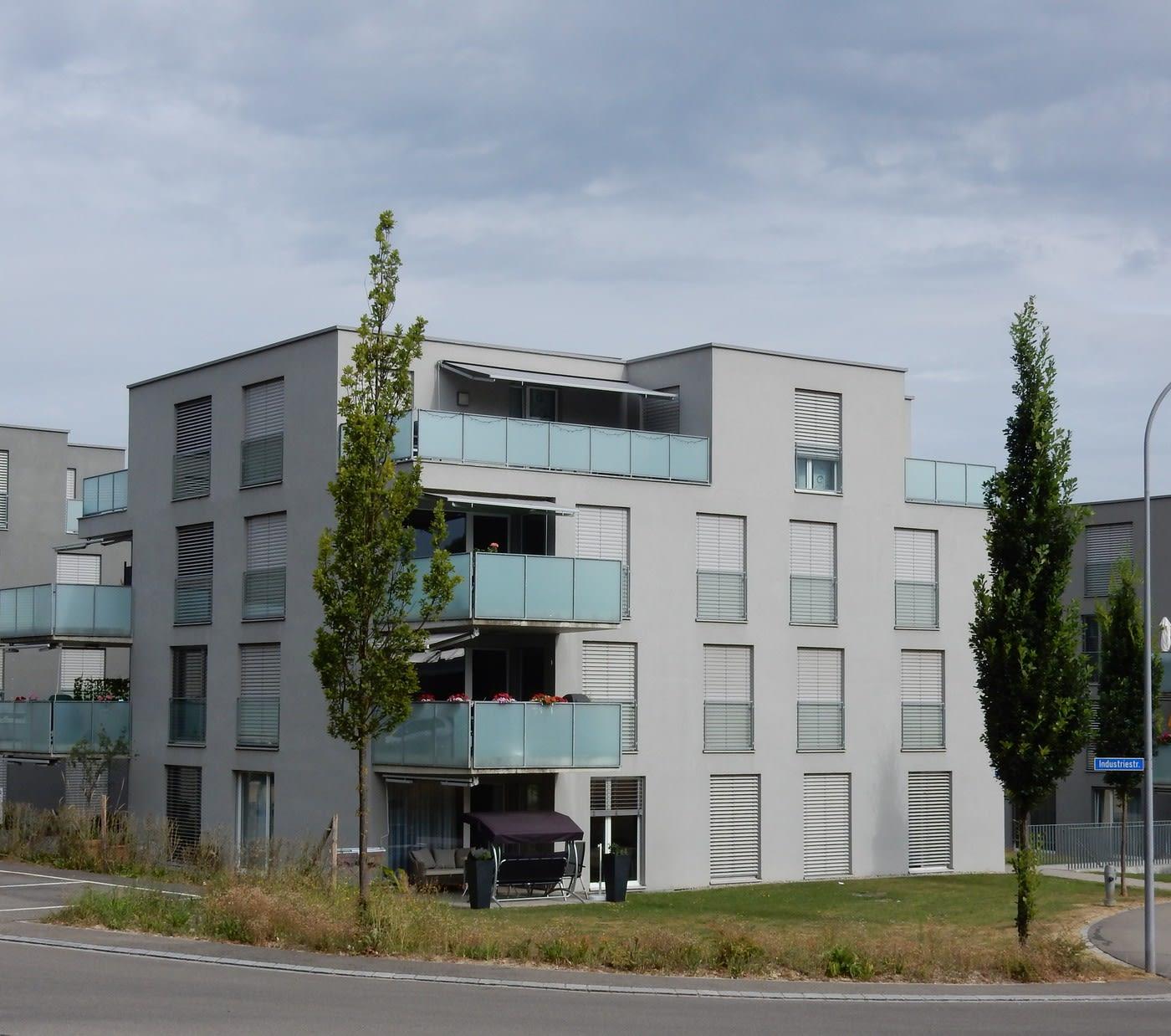 Bahnstrasse 77