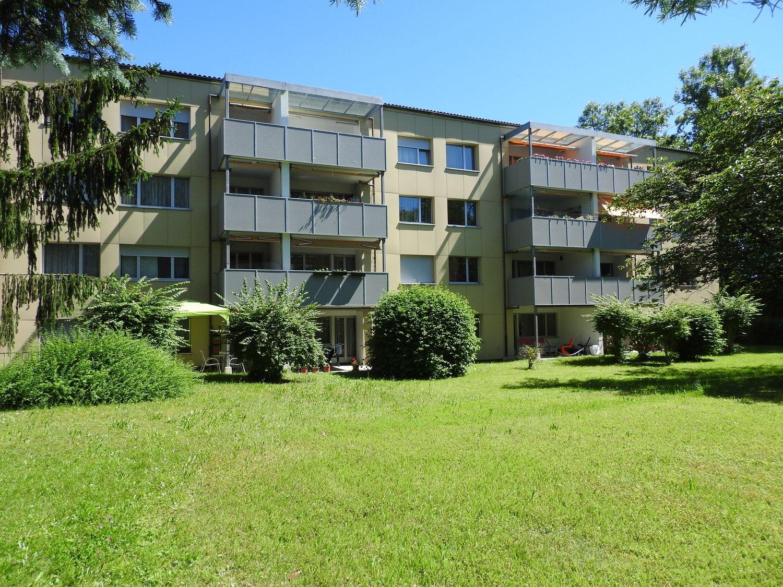 Miete: gemütliche Wohnung mit Gartensitzplatz