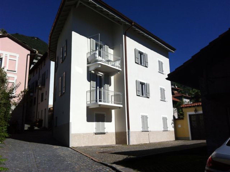 Via Monteguzzo 10