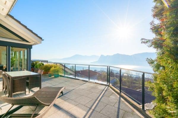 Luftaufnahme Terrasse Mit Aussicht Wohnen ...