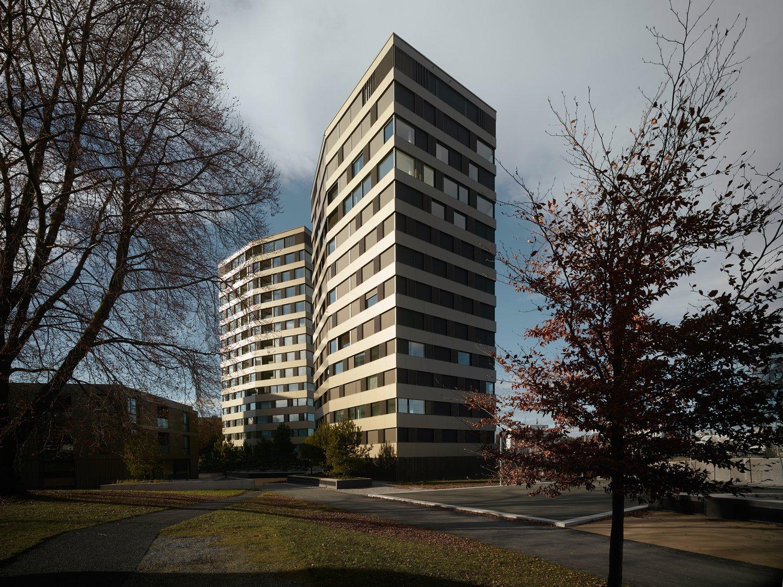 Miete: zentrale und moderne Wohnung