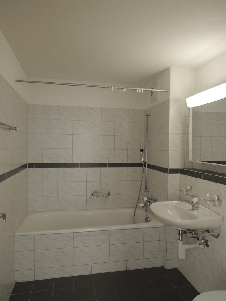 Bad gespiegelt.jpg