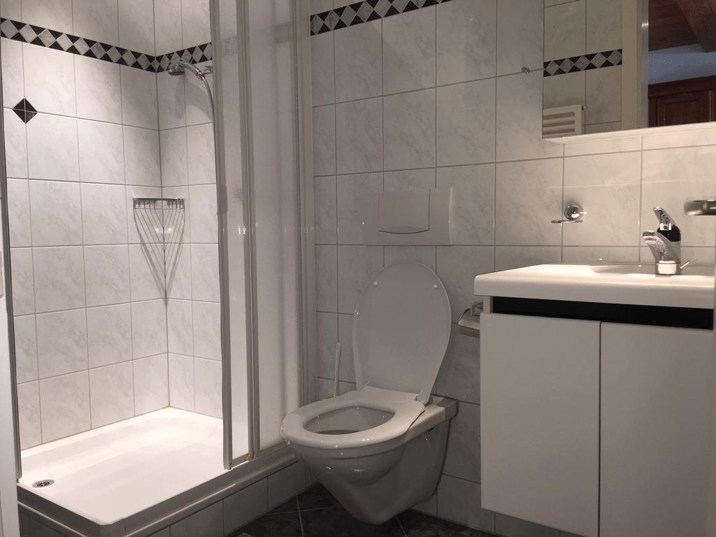 DU-WC_zu_Schlafzimmer.jpg