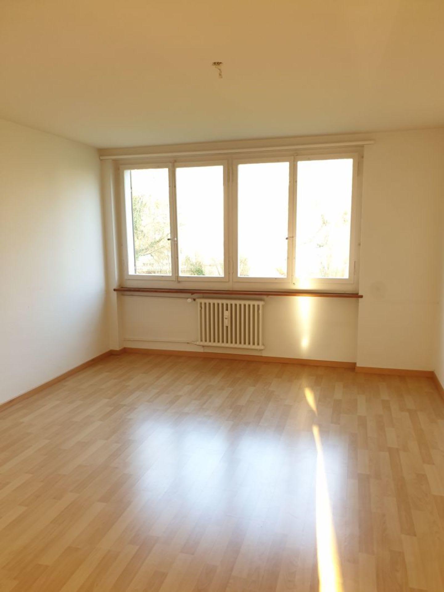 Schlossbergstrasse 6
