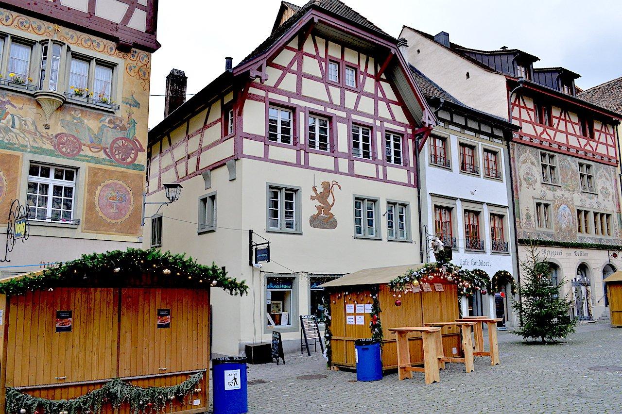 Rathausplatz 19