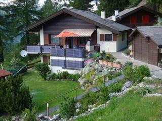 Kauf: Einfamilienhaus direkt an Skipiste