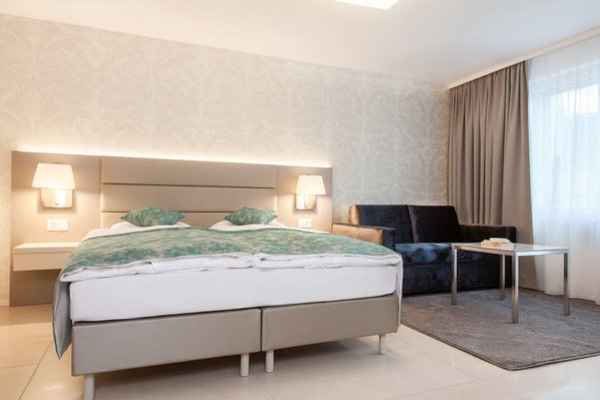 Furnished studio Apartment in Zurich / Möbliertes Studio-Apartment ...