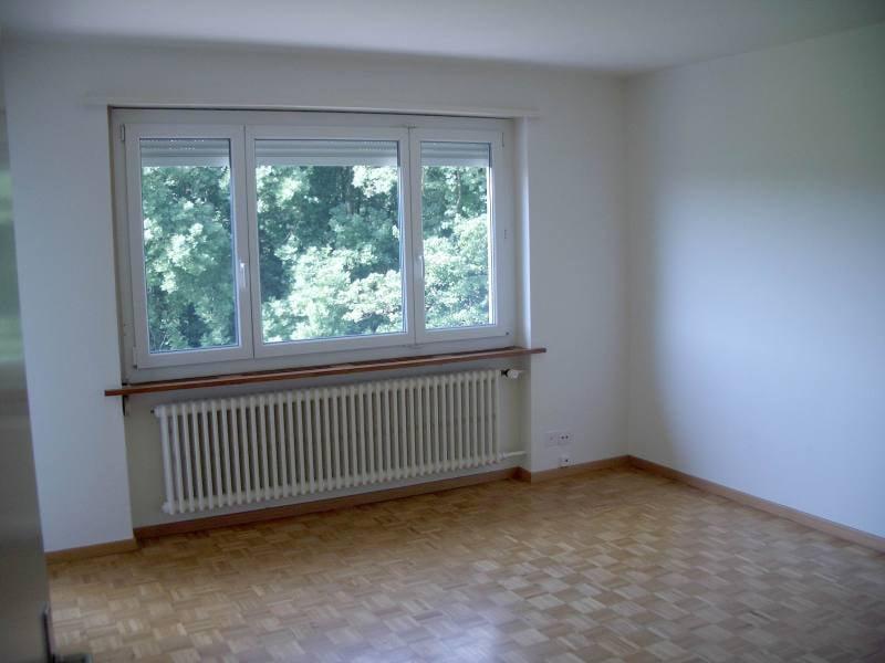 Miete: helle Wohnung mit Südbalkon