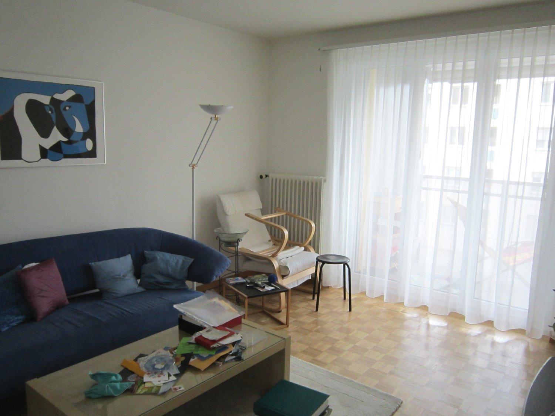 Miete: Wohnung mit Balkon im Stadtzentrum