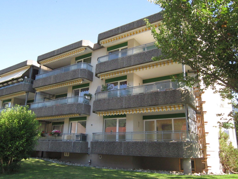 Miete: grosszügige Wohnung an sonniger Lage
