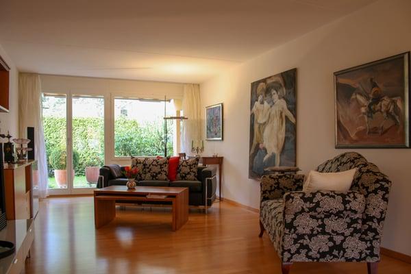 Grosszügige, Moderne 4 ½ Zimmer Wohnung Mit Eigenem Gartensitzplatz