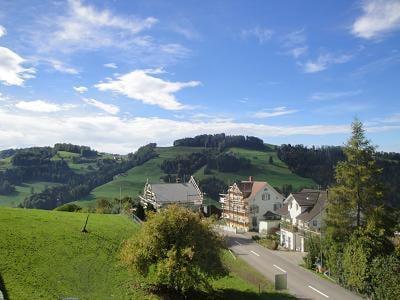 Sonnenbergweg 2