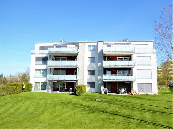 Moderne Wohnung moderne wohnung, hochwertiger innenausbau, grosser balkon mit