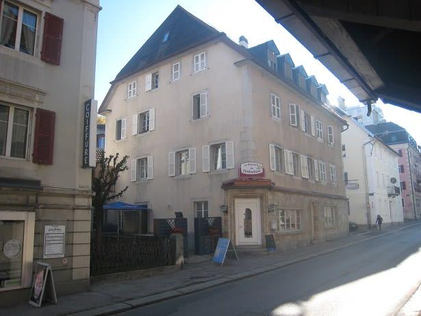 Hôtel-de-Ville 7