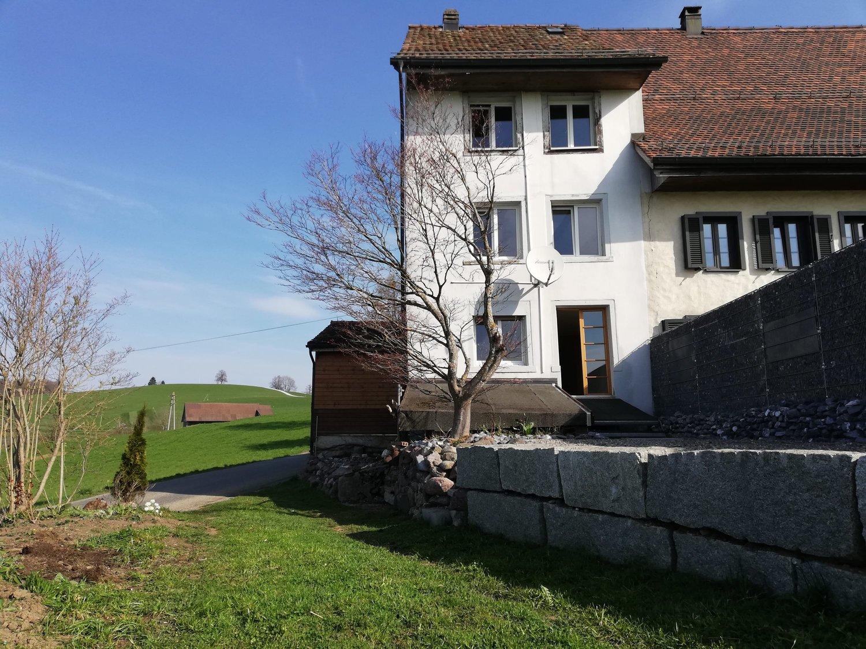Miete: Bauernhausteil auf dem Lande
