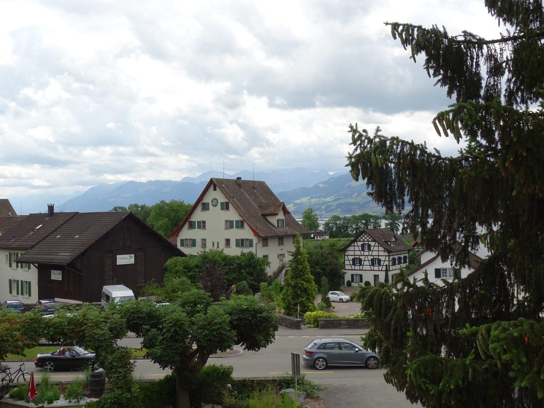 bahnhofstrasse 3