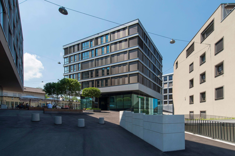 Bahnhofplatz 12