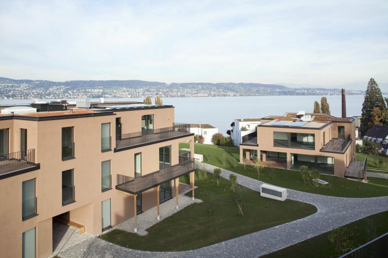 Miete: Attikawohnung mit traumhafter See- und Bergsicht