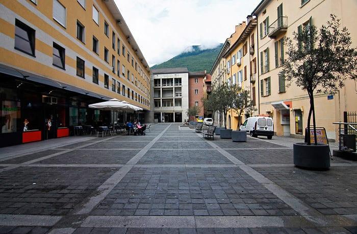 Piazza G. Buffi 4