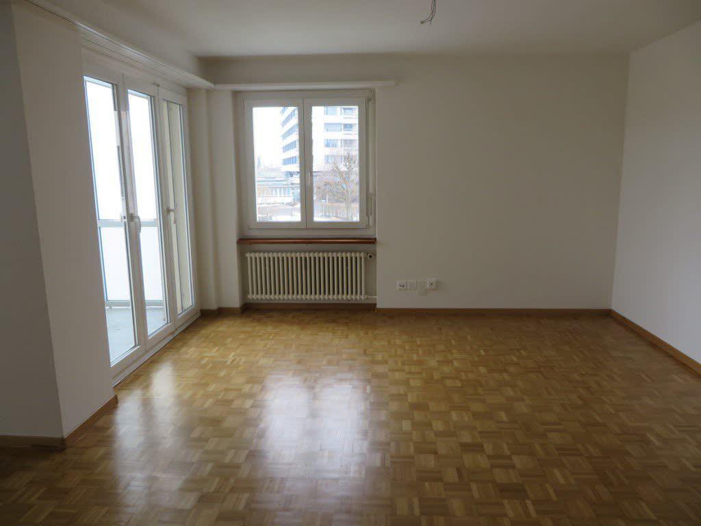 Waldhofstrasse 32