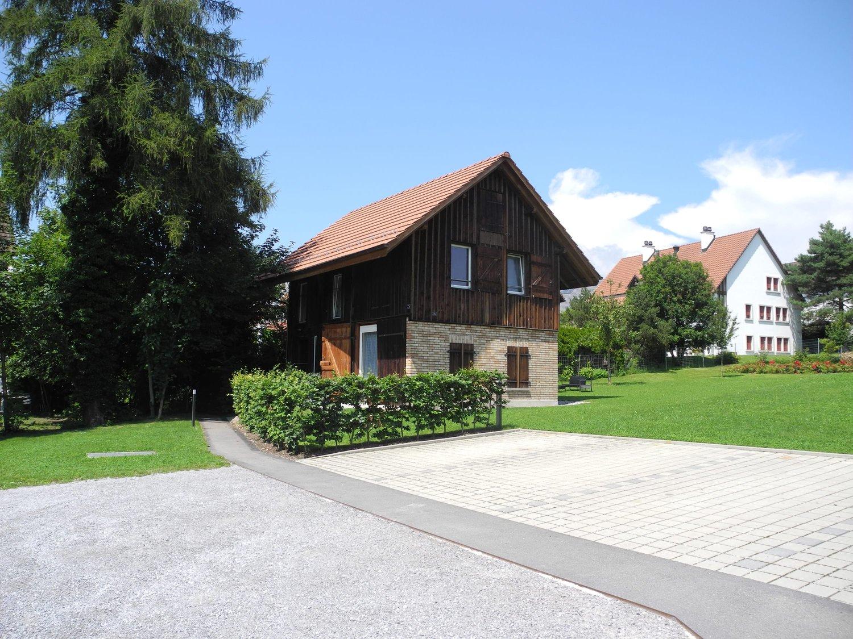Dorfstrasse 24b