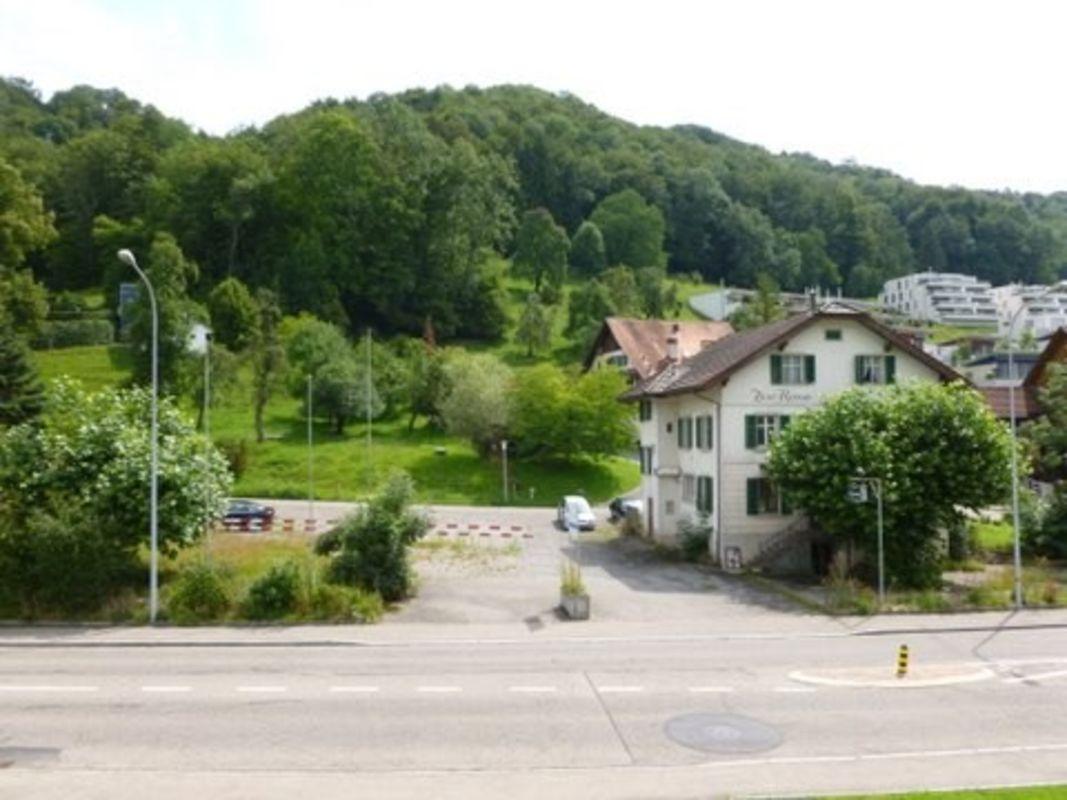 Dorfstrasse 10