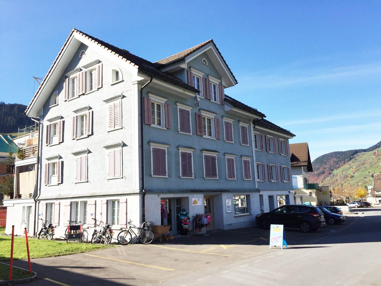 Dorfstrasse 18