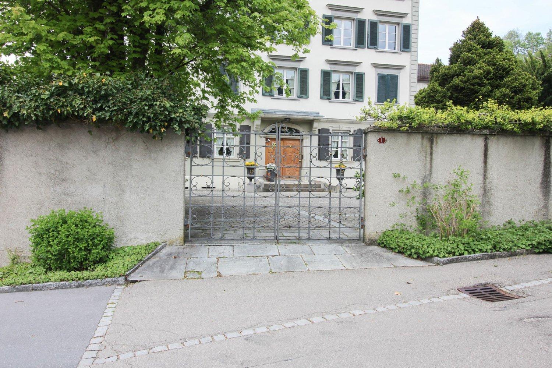 Meienbergstrasse 1