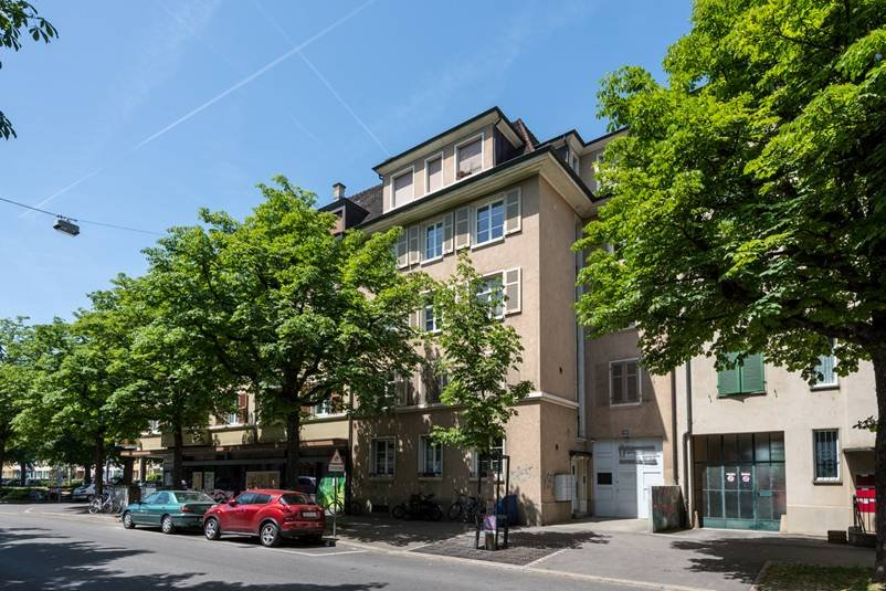Strassburgerallee 128