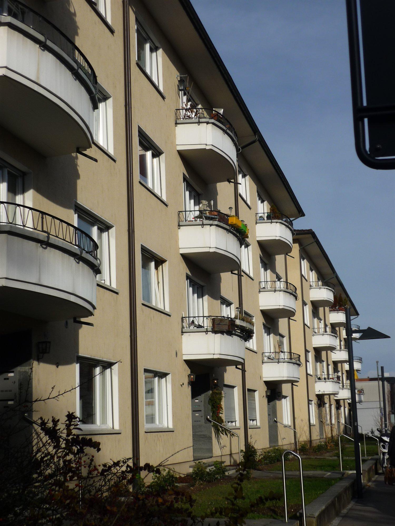 Kronenweg 8