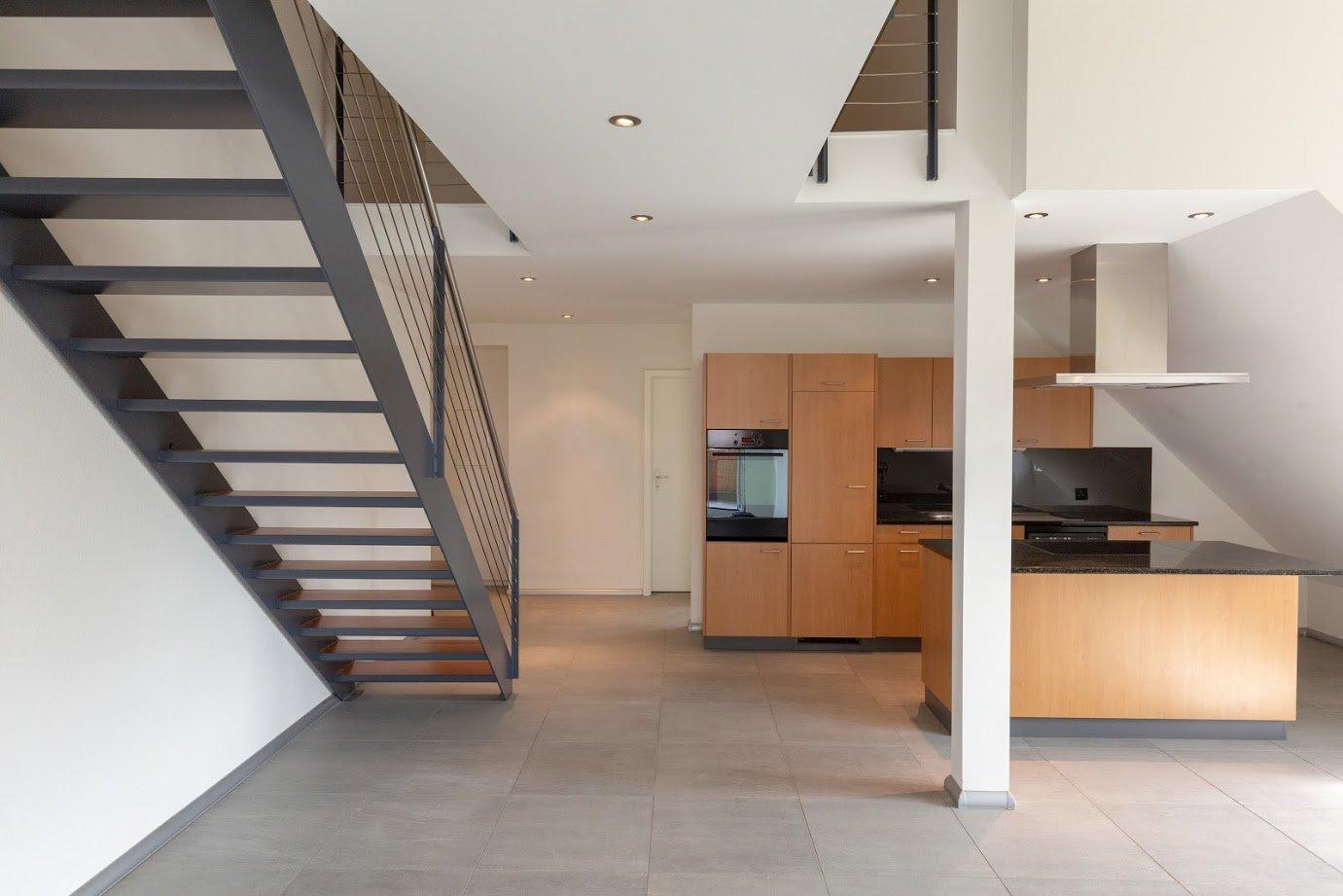 Miete: Maisonette-Dach-Wohnung