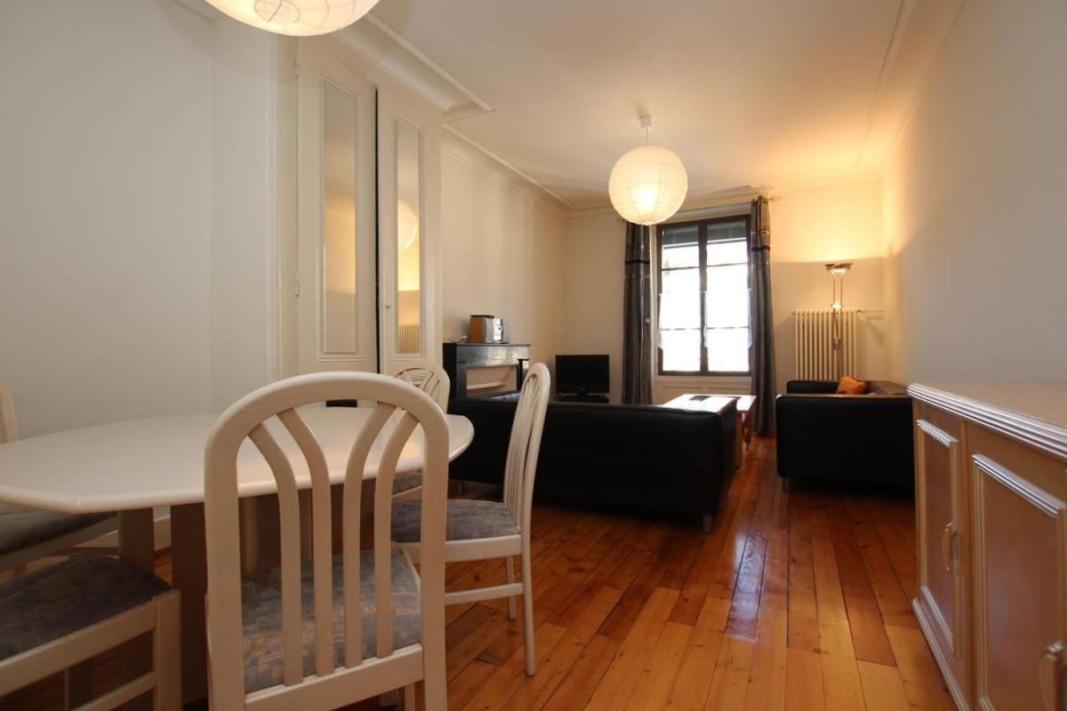 Rue du Grand-Bureau 11