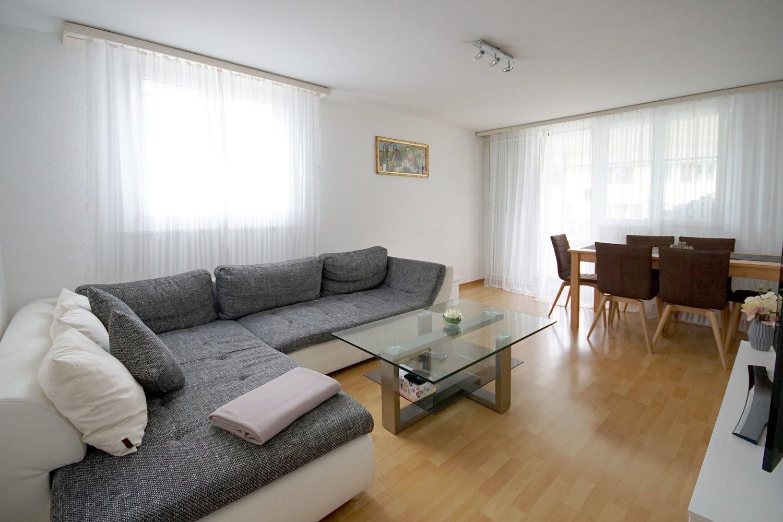 Miete: gemütliche Wohnung mit grossem Balkon
