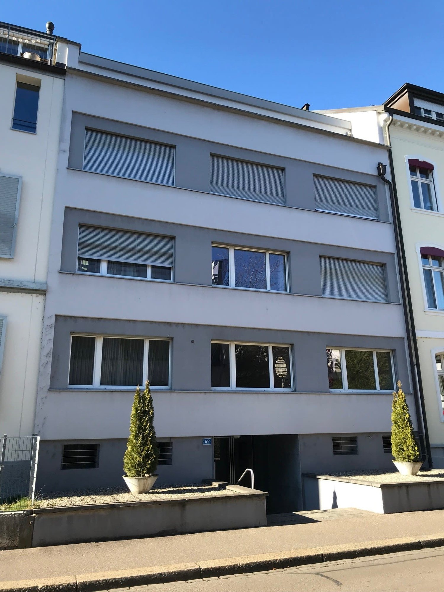 Grellingerstrasse 42