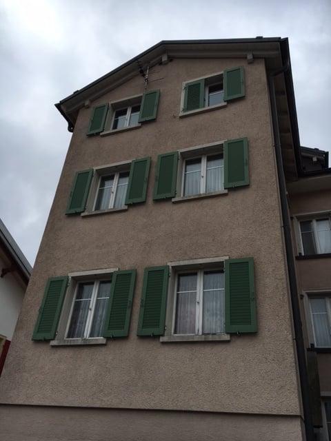 Äussere Grundstrasse 9
