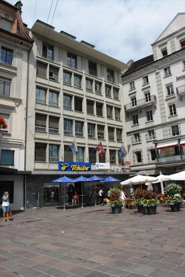 Schwanenplatz 3