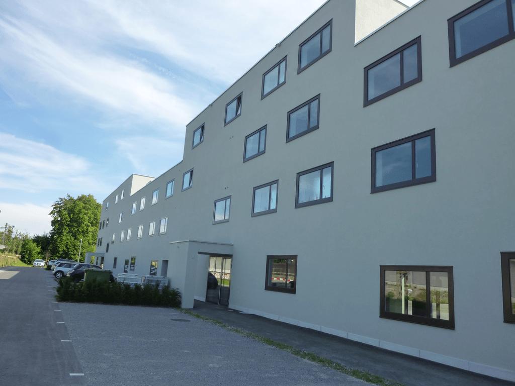 Bahnhofstrasse 10