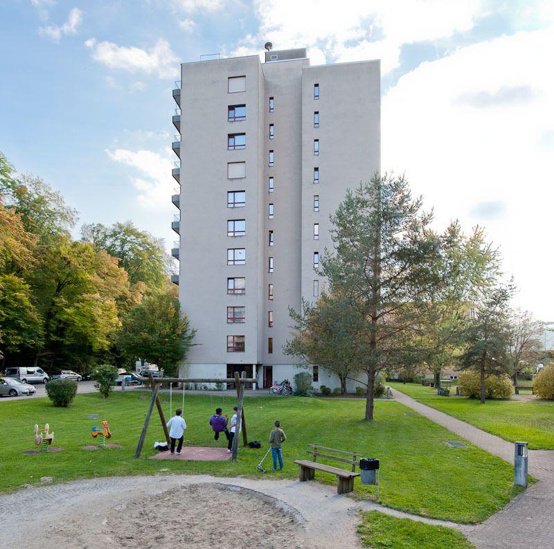 Waldstrasse 12