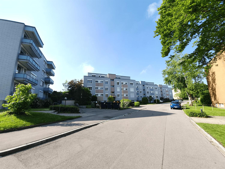 Büelhofstrasse 42