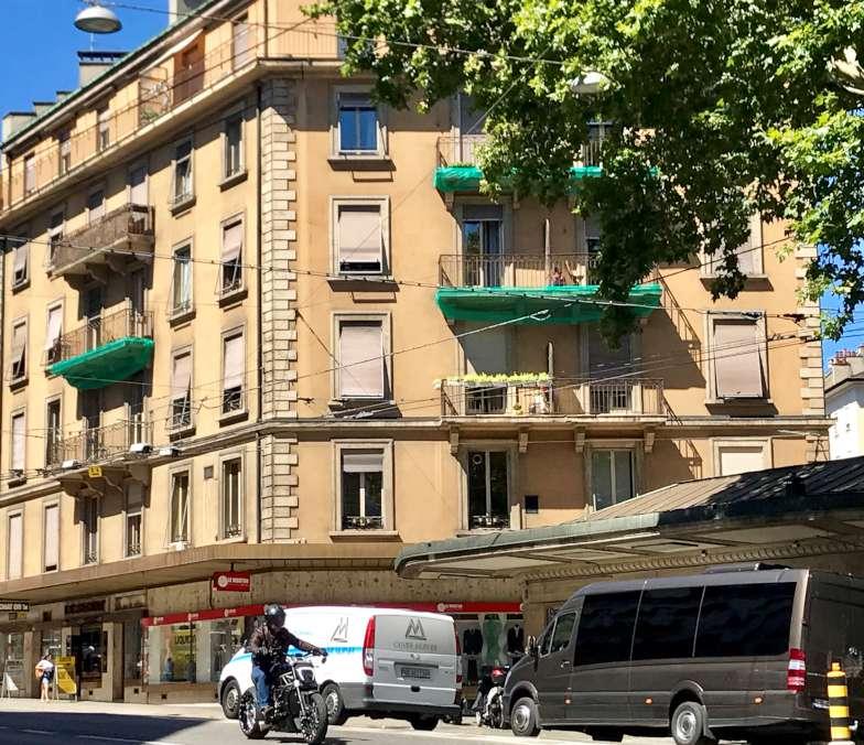 Rue du Mont-Blanc 9