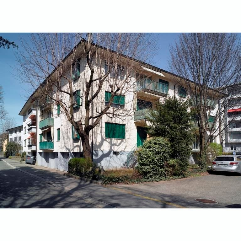 Grosszügige, charmante Wohnung an ruhiger und zentraler Lage in Zürich-Seefeld!