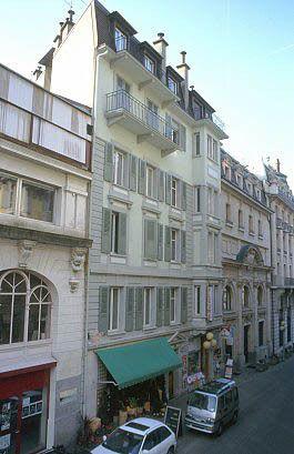 Rue de l'Eglise Catholique 6