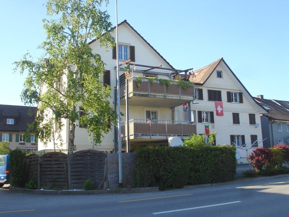 Alte Landstrasse 8