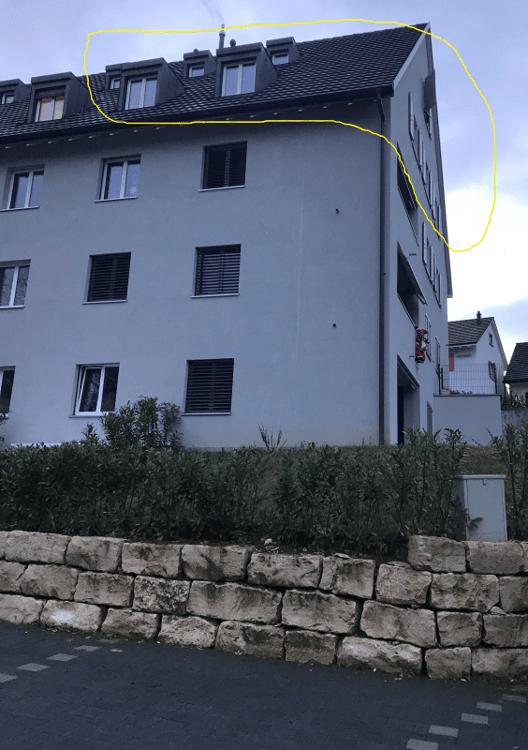 WC Mit Dusche Eigene Waschmaschine Tumbler Aussenansicht Maisonette Wohnung  Im Dachgeschoss ...